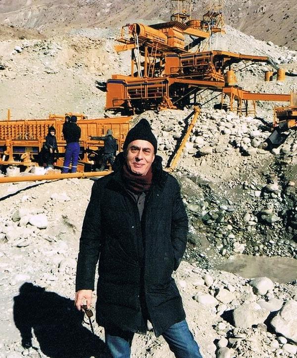 Mining gold in Tajikistan