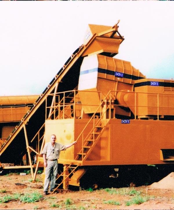 Mining precious stones in Kenia